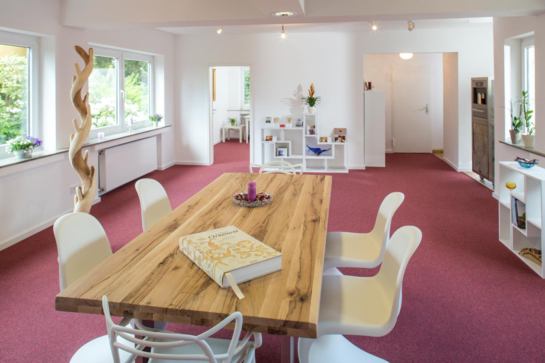 Moderner Showroom von Wohnwert Innenarchitektur aus Bergisch Gladbach