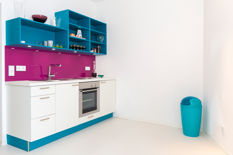 Moderne Küche nach dem Konzept von Wohnwert Innenarchitektur