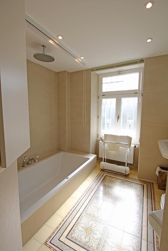 Badezimmer nach der Modernisierung durch Wohnwert Innenarchitektur